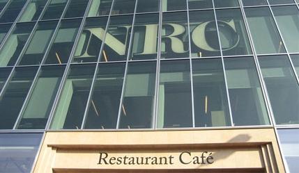 Het Restaurant Café onder de NRC redactie (Foto: Marlie van Zoggel)