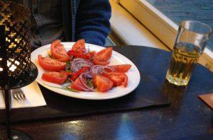 De onmiskenbare tomatensalade