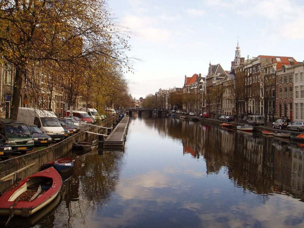 amsterdam-two-1534156-1600x1200