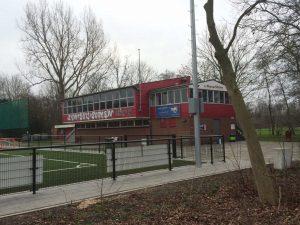 Het sportcomplex van S.V. Nieuw Sloten op sportpark Sloten (Foto: Jasper Bol)